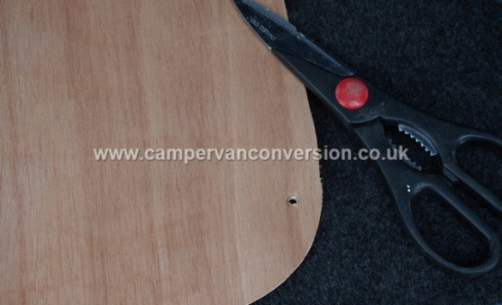 Useful tools for measuring and cutting out the carpet
